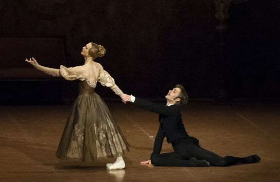 _DSC9709 Alicia Amatriain and Friedemann Vogel in Onegin photo_Roman Novitzky.jpg