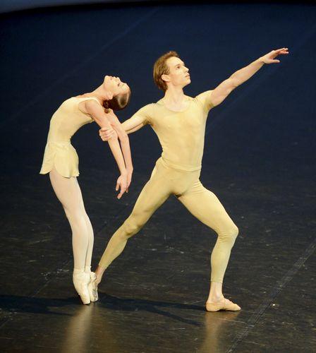 sruj8maerz13_101(c) Stuttgart Ballet.JPG