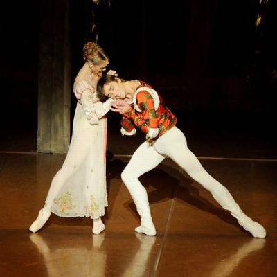 ssRomeo and Juliet_Amatriain Vogel_3 (c) Stuttgart Ballet.jpg